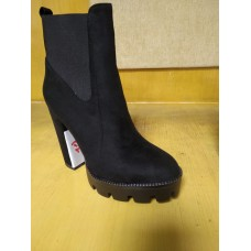 Ladies Ankle Boot with Block Heel