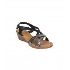 Ladies Beige Sandals